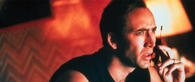 Nicolas Cage vo filme 8mm propagoval Motorola Startac