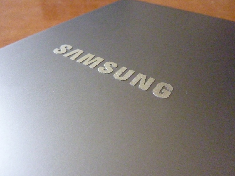 Laptop Samsung Series 5: logo